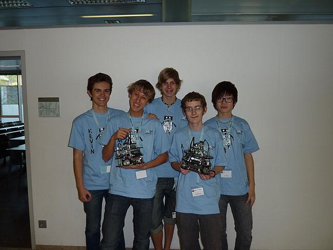 2011_rcj_wels_team_androids.jpg