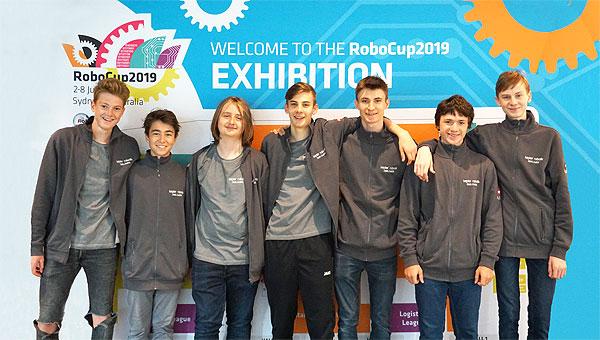 2019_rc_sydney_teamfoto.jpg